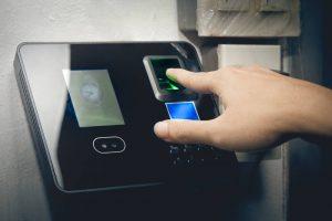 Adelántate al futuro con un sistema de control de accesos biométrico
