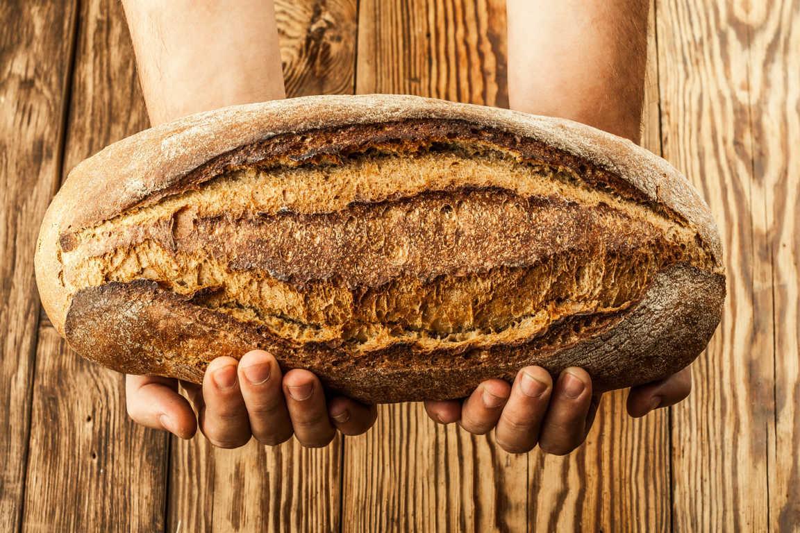 Las nuevas panaderías fomentan el consumo de pan artesano y recién hecho